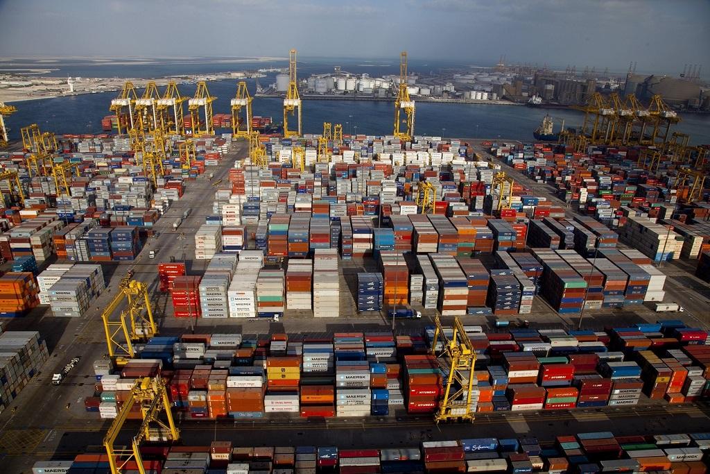 puertos de carga más importantes del mundo
